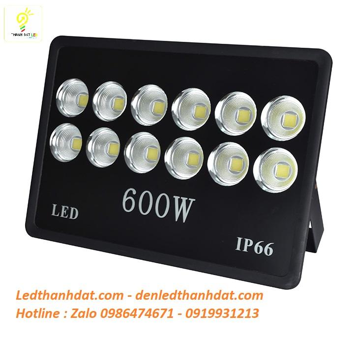 Đèn led pha 600w ip66