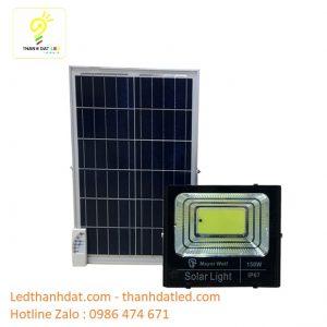 đèn pha năng lượng mặt trời 150w