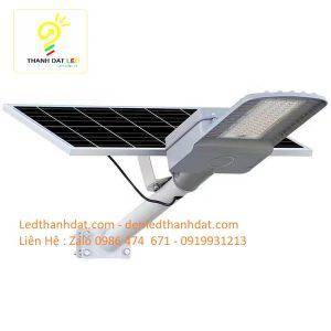 đèn đường năng lượng mặt trời 60w nhôm đúc cao cấp