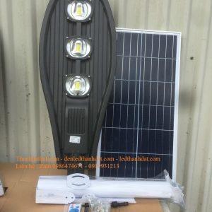 Đèn năng lượng mặt trời 100w lá TD04