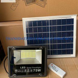 đèn pha năng lượng mặt trời 75w